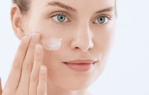 Apply moisturizer for acne after cleansing and toning