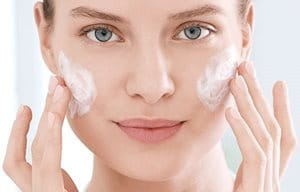 Cleanse your skin before using mattifying cream